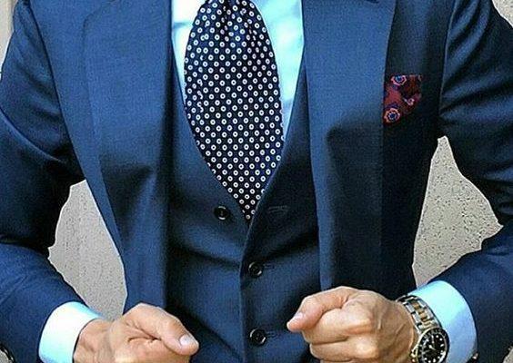 f1366d15ec5a8 Erkek Lacivert Yelekli Takım Elbise Modelleri